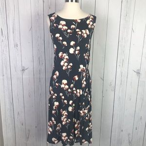 346bf77591c Women s Tory Burch Floral Dress on Poshmark